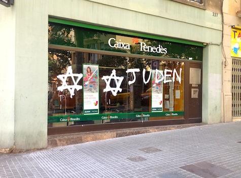 http://www.elsingulardigital.cat/cat/notices/2012/07/pintades_antisemites_contra_sucursals_bancaries_87128.php